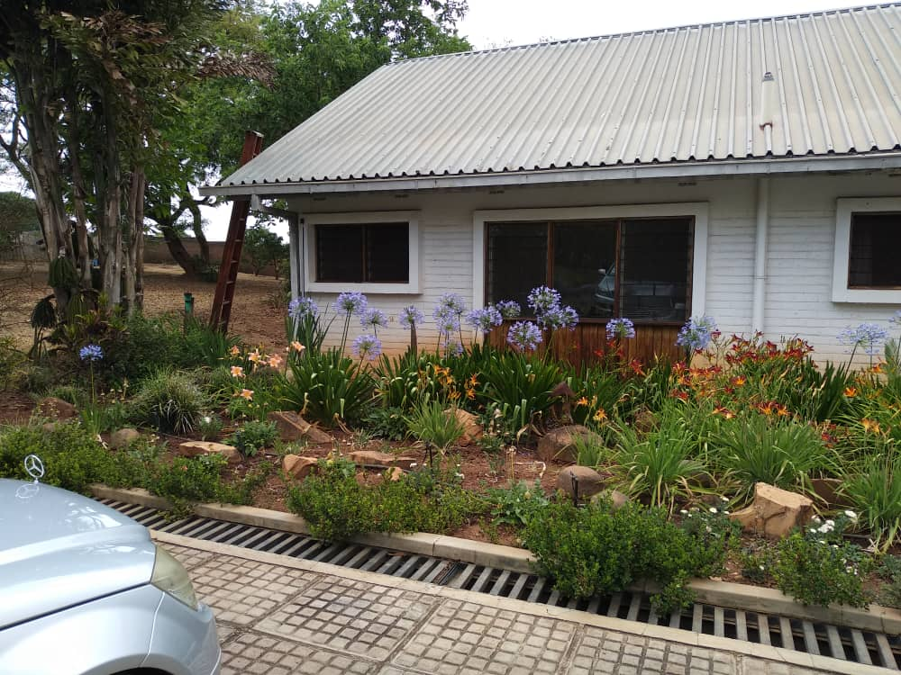 To Let  AREA 43  ● 3 bedroom stand-...