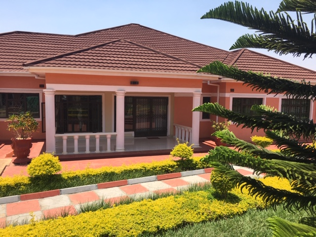 To Let  AREA 43, (New)    4 bedro...
