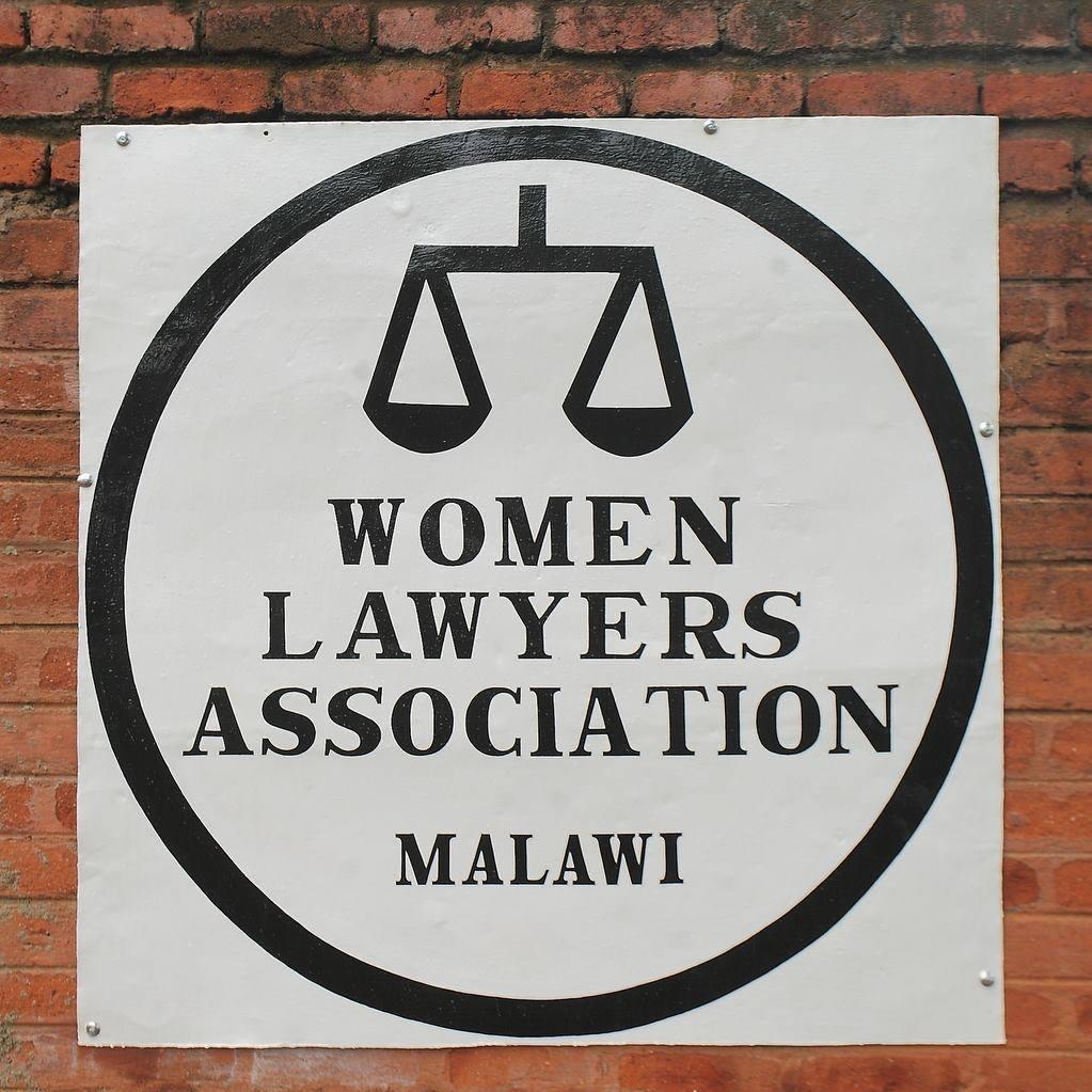 WOMEN LAWYERS SUPPOPRT WOMEN E...